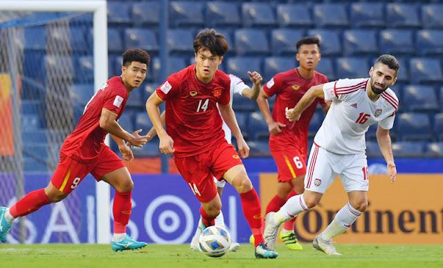 U23 Việt Nam thi đấu đầy cố gắng trong trận đấu với U23 UAE.