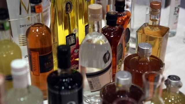 Κατασχέθηκαν 11.000 λίτρα παράνομων οινοπνευματωδών ποτών στην Καλαμάτα