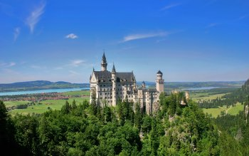 Wallpaper: Beauty, inspiration, and majesty: Neuschwanstein Castle