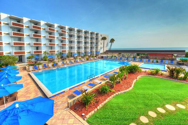 Best Western Aku Tiki Inn em Daytona Beac: piscina