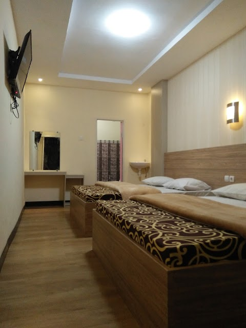 Villa Hotel Kasuari Room - Villa Batu Malang Murah