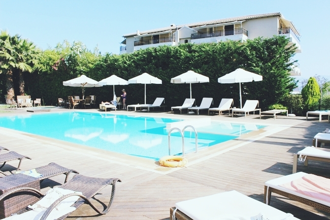 Corfu Mare boutique hotel pool