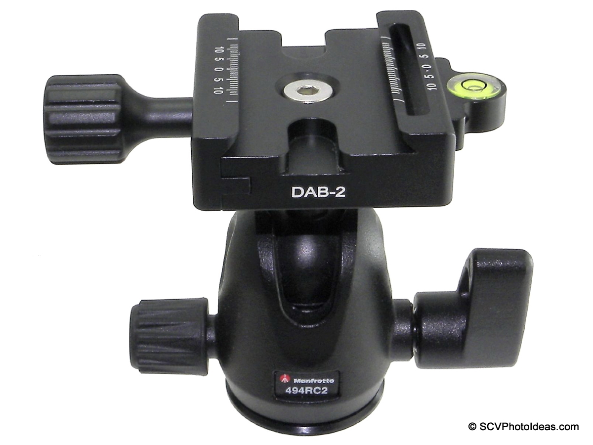 Desmond DBA-2 QR clamp mounted on Manfrotto 494RC2 ball head