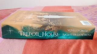 Lomo de La maldición de Trefoil House [Naufragio de letras]