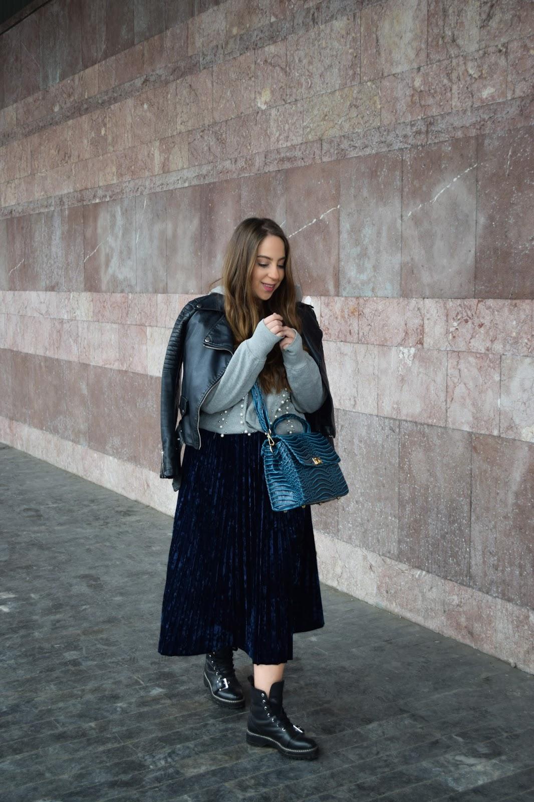 plisirana suknja kombinovanje