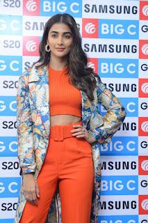 Actress Pooja Hegde Stills Launches Samsung S20 at BigC Mobiles