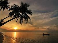 Pantai Tanjung Gelam, Salah Satu Spot Terbaik Menyaksikan Sunset di Karimun Jawa