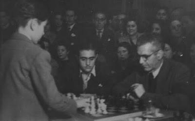 Simultáneas de Arturito Pomar en Lérida el 17 de abril de 1946 (1)