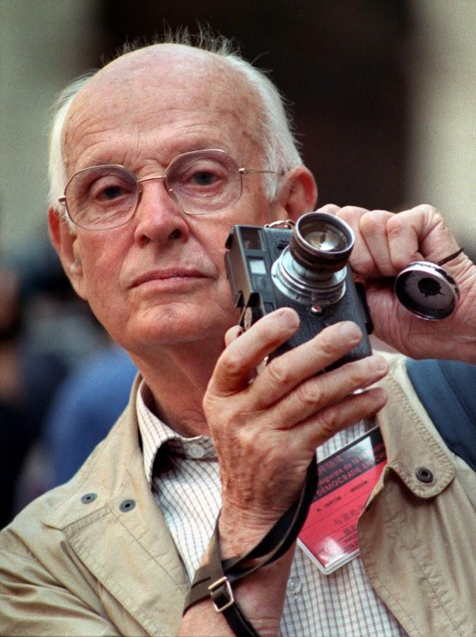 """""""Fotografiar es colocar la cabeza, el ojo y el corazón en un mismo eje"""".  ( Henri Cartier-Bresson )"""