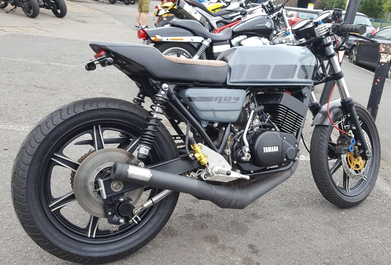 European Motorcycle Diaries: Yamaha RD400
