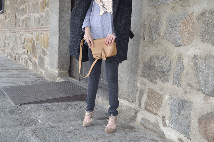 casual-look-blogger-trends-gallery-jeans-stilettos-men-coat-looks-outfit
