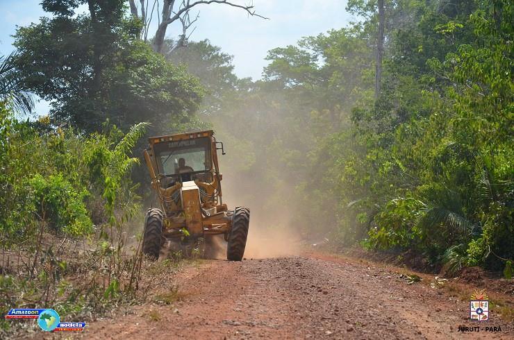 Prefeito de Juruti e comitiva acompanham obras de melhorias na região do igarapé das fazendas