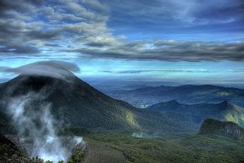 Gunung Arjuno Dan Gunung Welirang Dari Sabang Sampai Merauke