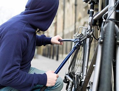 """Συνελήφθη """"ατζαμής"""" κλέφτης ποδηλάτου στο Ναύπλιο"""