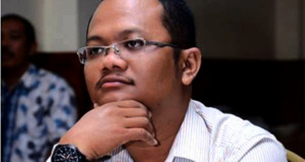 """Pengamat : Paripurna Khusus DPR Aceh """"Aneh"""""""