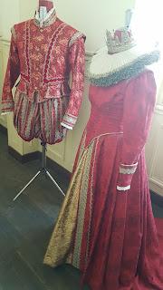 costume opera