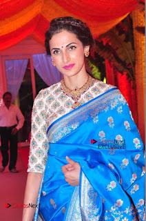 Actress Model Shilpa Reddy Exclusive Stills in Blue Saree at Vijay Karan Aashna Wedding  0024.JPG