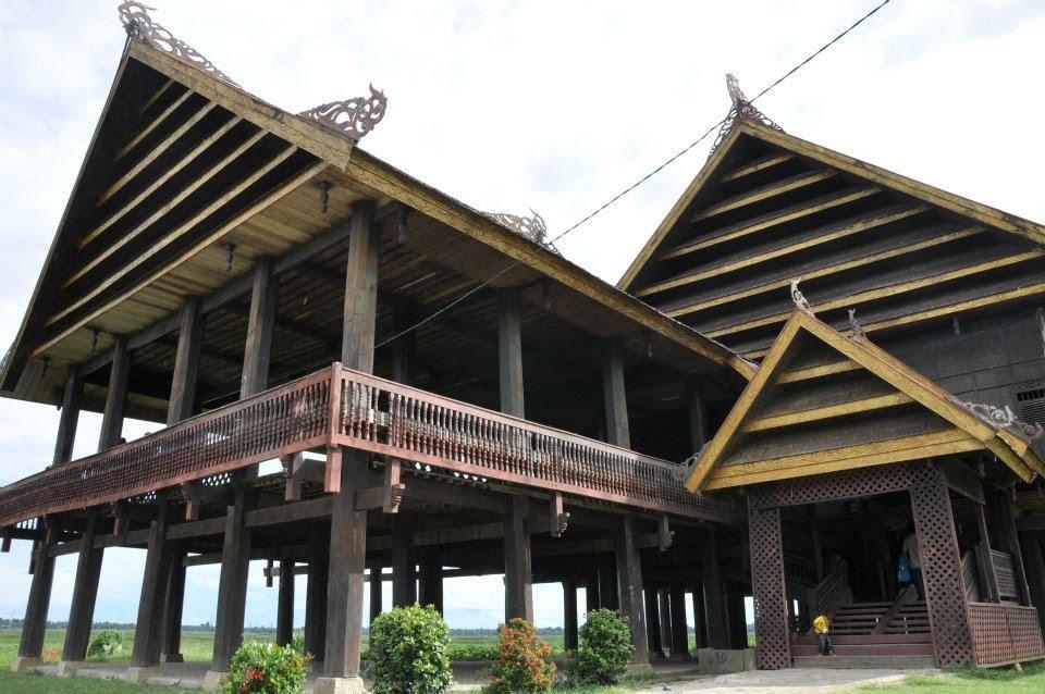 Keunikan Keunikan Rumah Adat Suku Bugis Budaya Nusantara