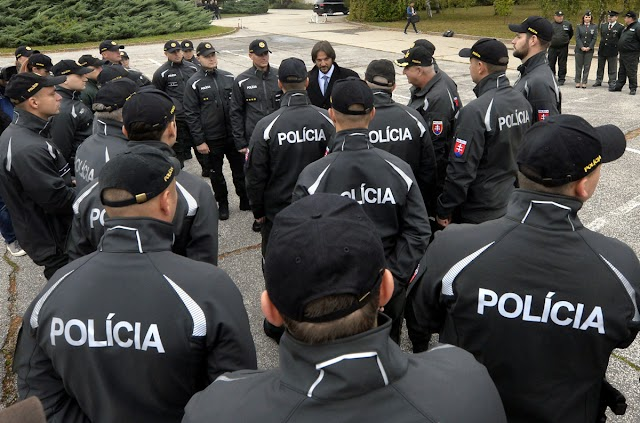 Slovak Police officers dispatched to Macedonia