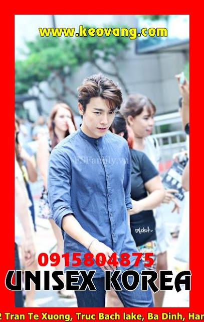 Khi các bạn trai yêu thích kiểu tóc Hàn Quốc thì đừng có vội mà bước vào mấy tiệm có ghi dòng chữ Barber nhé ... Tông đơ cho vài phát là trụi lủi ngay đó