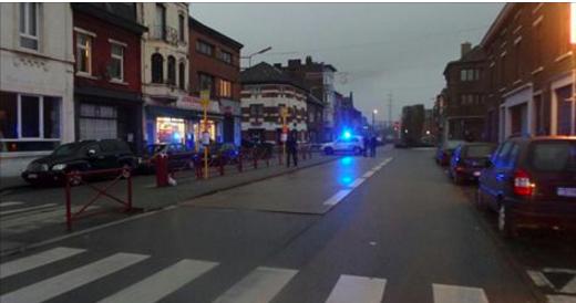 Un blessé après un coup de feu à Châtelineau: la balle a traversé le véhicule de part en part