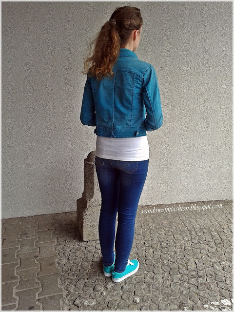 Turkus, jeans