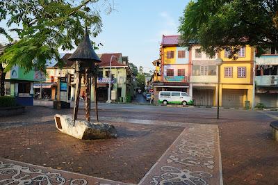 Monumen kreatif, Waterfront Kuching, Sarawak, Malaysia