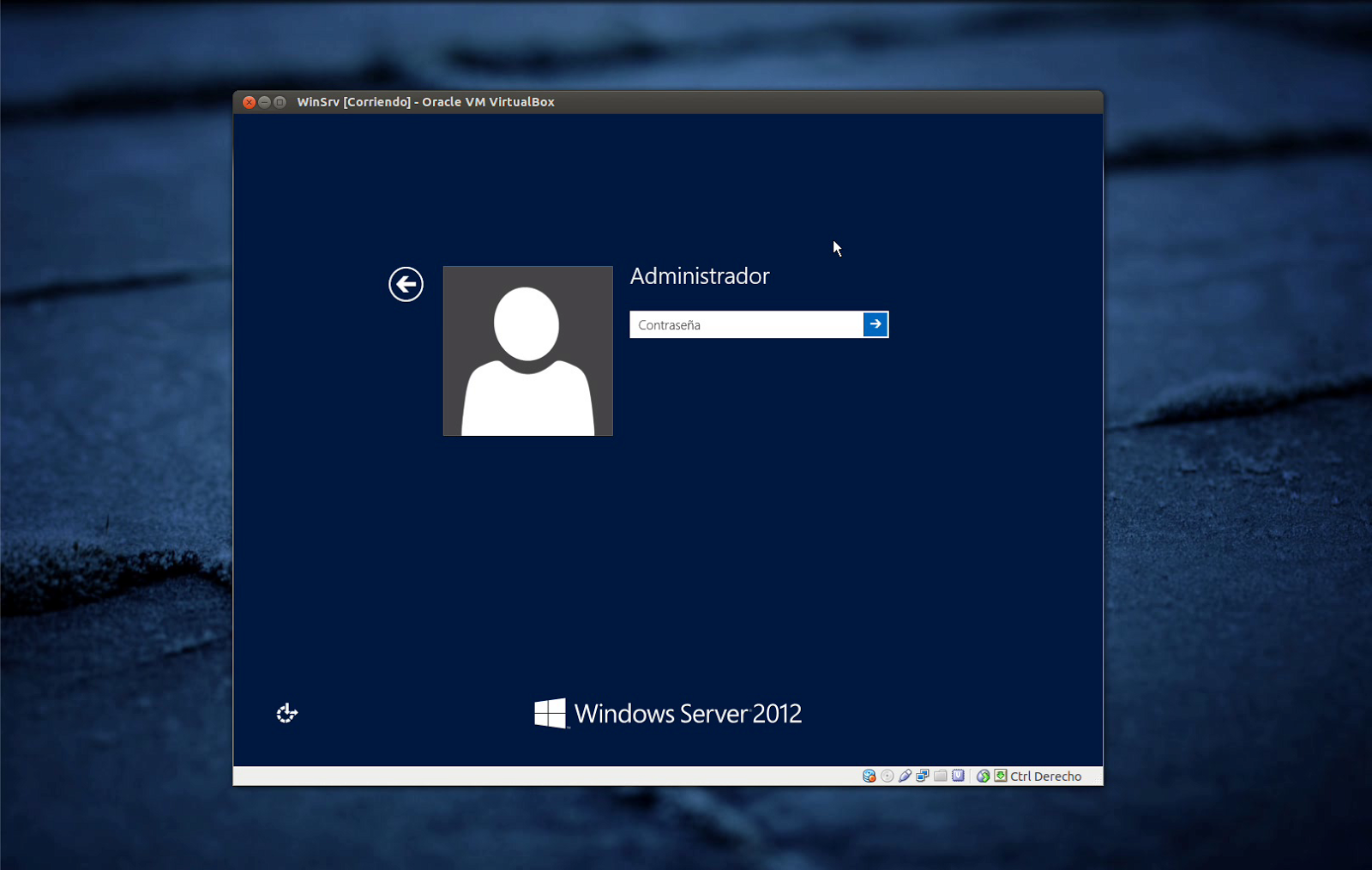 Instalación y promoción a controlador de dominio de Windows Server 2012.