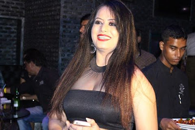 Sangeeta Tiwari hot picture