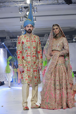 ali-xeeshan-bridal-wear-collection-at-pfdc-l-oreal-paris-bridal-week-2016-10