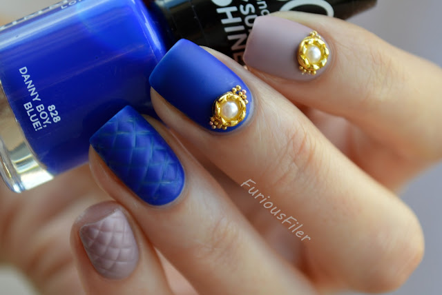 #31dc2015 quilted nails 3d pearl charm matte
