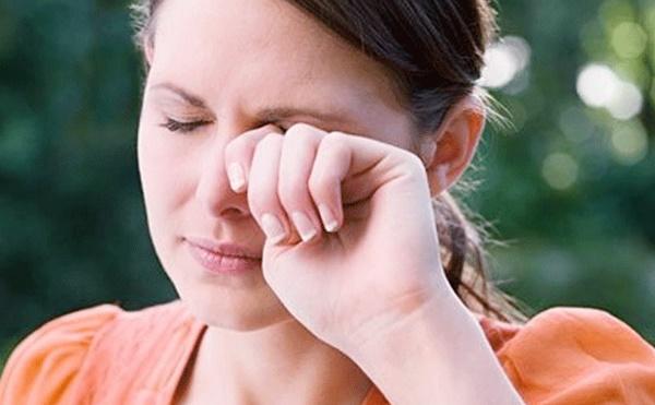 Bệnh tiểu đường bị mờ mắt có nguy hiểm không?