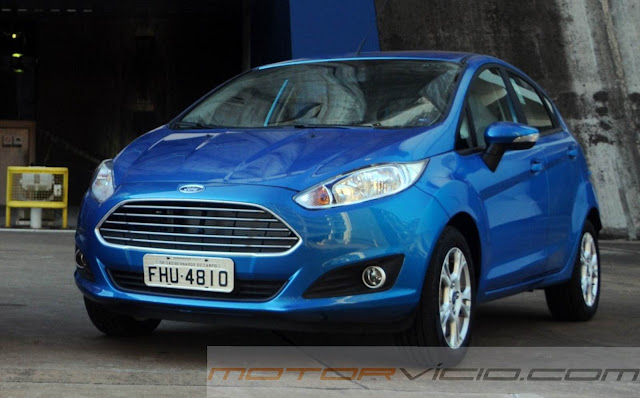 carro New Fiesta Hatch 2014 SE