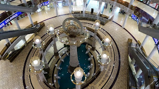 No security necessary for the mall in Turkmenistan