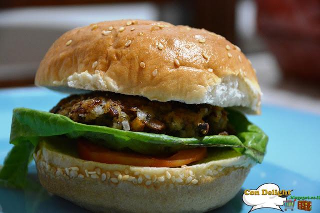 המבורגר פטריות טבעוני vegan mushroom burger