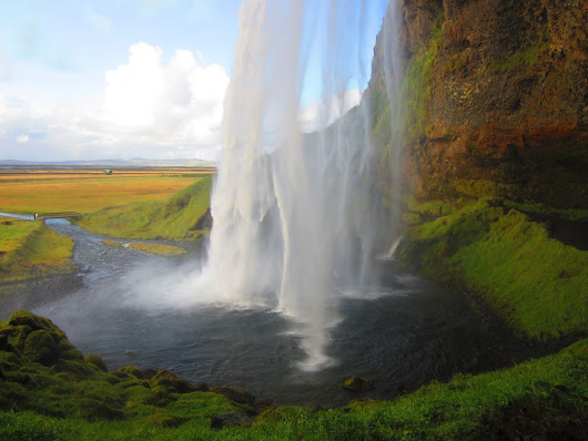 ICELAND in a week for only 100€. Who said Iceland is expensive?