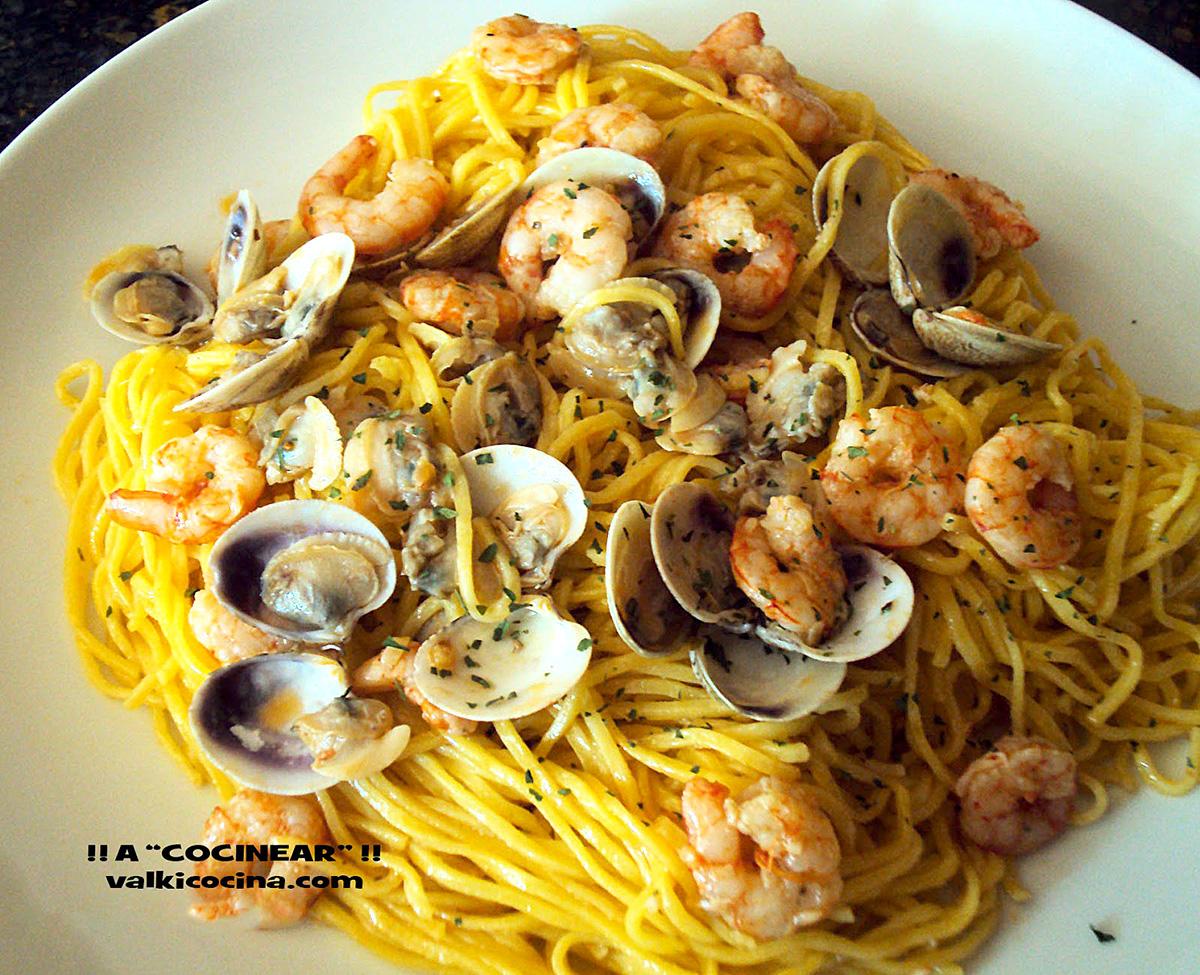 Espaguetis con almejas y gambas a cocinear recetas - Espaguetis con almejas ...