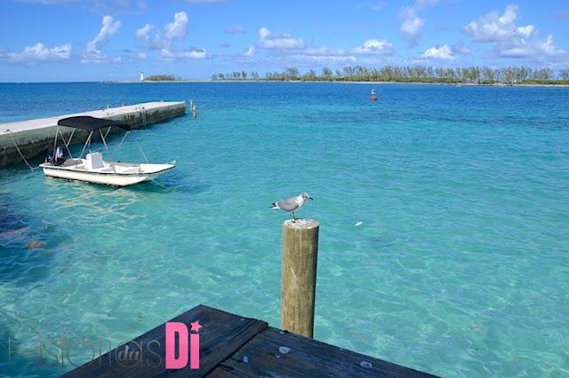 Farol da Paradise Island vista de Nassau