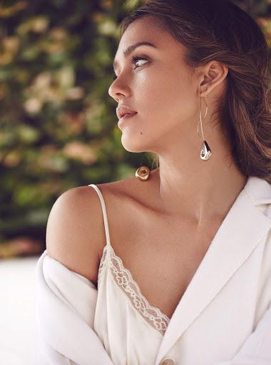 Jessica Alba photo shoot for Allure Magazine September 2016