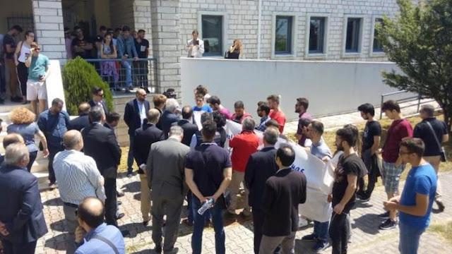 Άρτα: Αγωνιστική Υποδοχή Σπουδαστών Του ΤΕΙ Στον Υπουργό Παιδείας