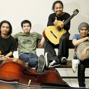 Kumpulan Lagu Payung Teduh Terbaru Download Mp3 Terlengkap Full Album