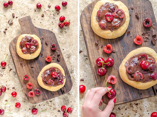 Mini Pizzen mit ganz viel Schokolade und Kirschen