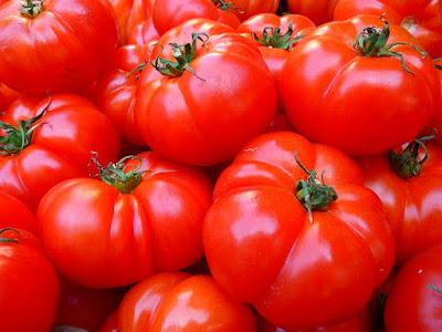 Apakah Tomat Termasuk Buah Atau Sayuran?