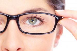 7 Cara untuk Mengatasi Mata Minus