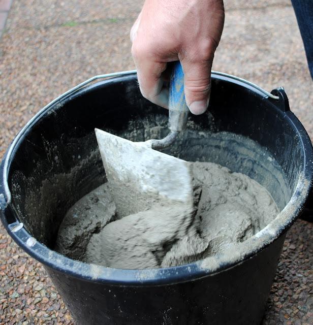 Gartendeko aus Zement herstellen