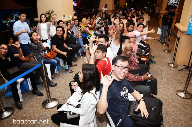 Celcom iPhone 6 & iPhone 6 Plus Midnight Launch @ Iconic Blue Cube Sunway Pyramid