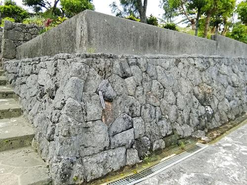志多伯神谷家の門構えの写真