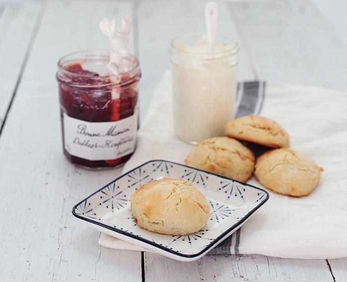 Mini-Scones zur Teatime schnell und einfach Clotted Cream Cream tea