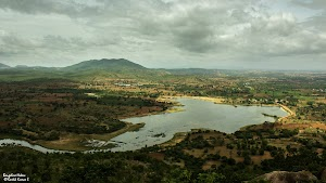 Lake near Makalidurga hill