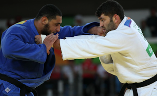 Rio 2016: Egyptian Judoka Refuses to Shake Hands With Israeli Rival